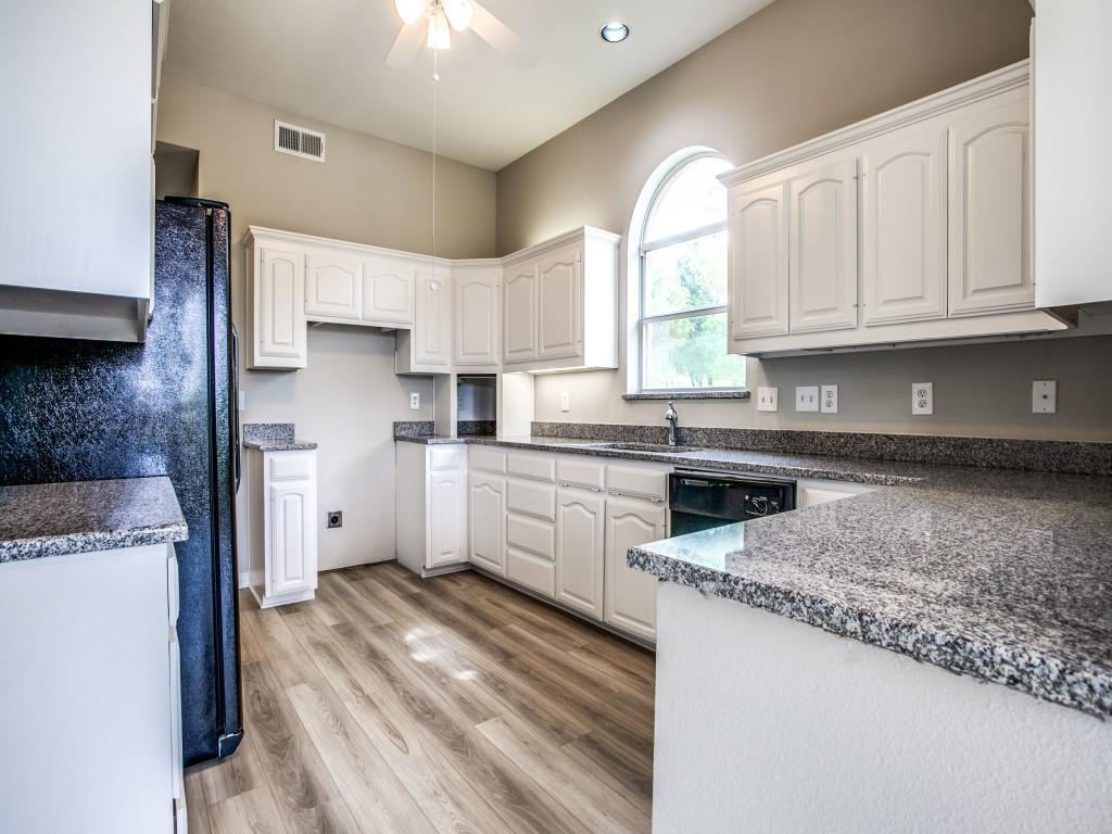 318 Harbor Landing  Drive, Rockwall, Texas 75032 - acquisto real estate best real estate company to work for