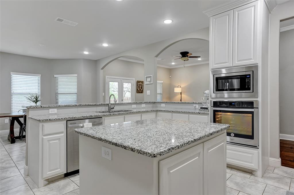 3401 Preston Club  Drive, Sherman, Texas 75092 - acquisto real estate best style realtor kim miller best real estate reviews dfw