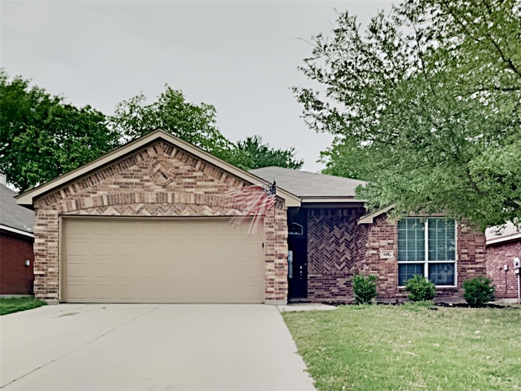 648 Clearbrook  Street, Azle, Texas 76020 - Acquisto Real Estate best plano realtor mike Shepherd home owners association expert