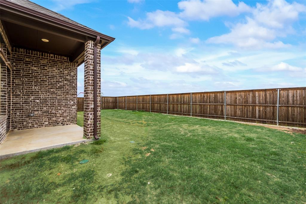 6101 Brunswick  Drive, Aubrey, Texas 75009 - acquisto real estate best realtor dfw jody daley liberty high school realtor