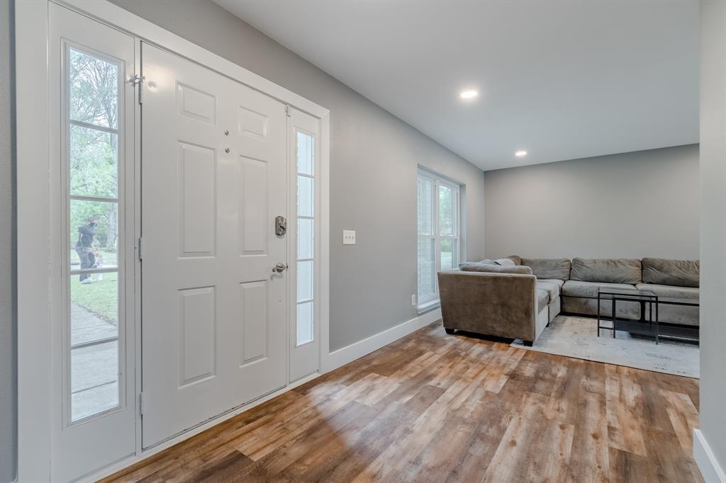 2246 Villawood  Lane, Garland, Texas 75040 - Acquisto Real Estate best mckinney realtor hannah ewing stonebridge ranch expert