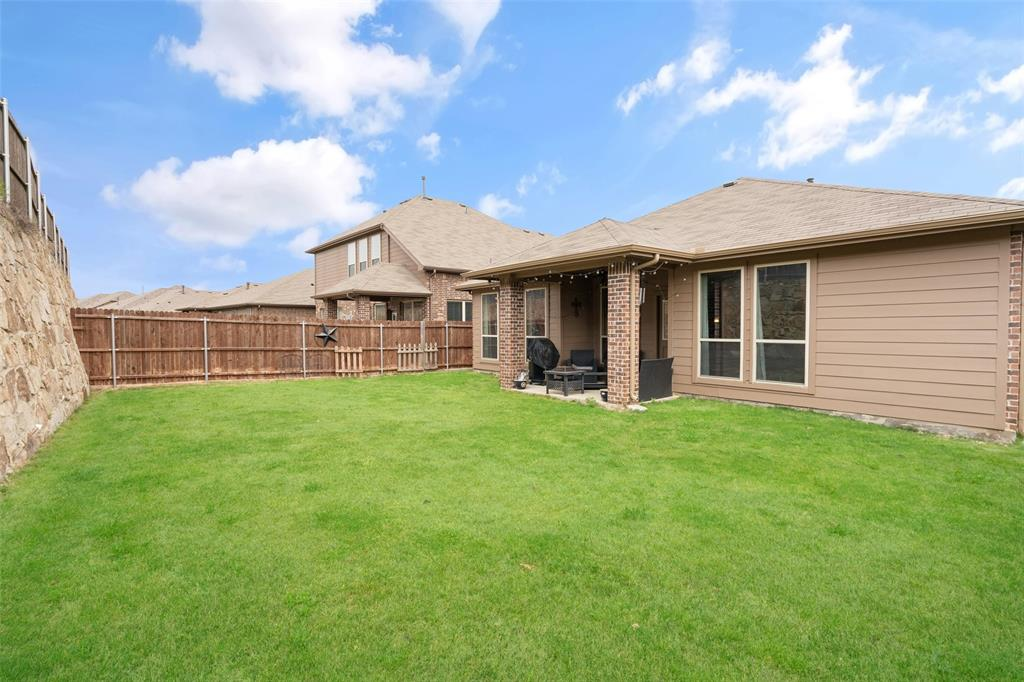 9145 Bronze Meadow  Drive, Fort Worth, Texas 76131 - acquisto real estate best realtor westlake susan cancemi kind realtor of the year