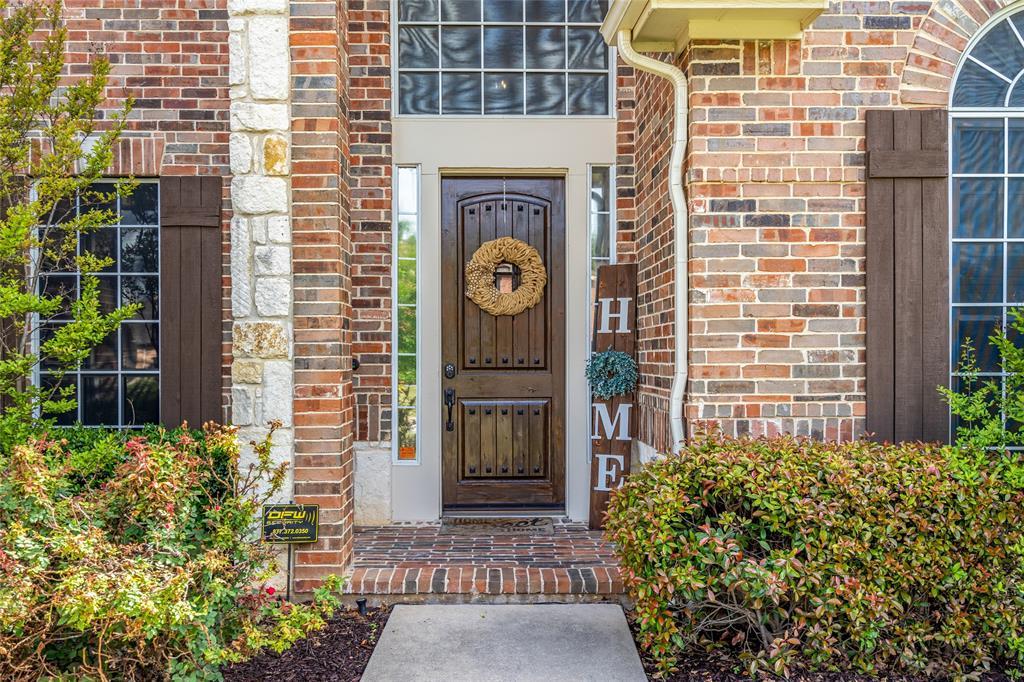 2000 Ledgestone  Drive, Corinth, Texas 76210 - acquisto real estate best celina realtor logan lawrence best dressed realtor