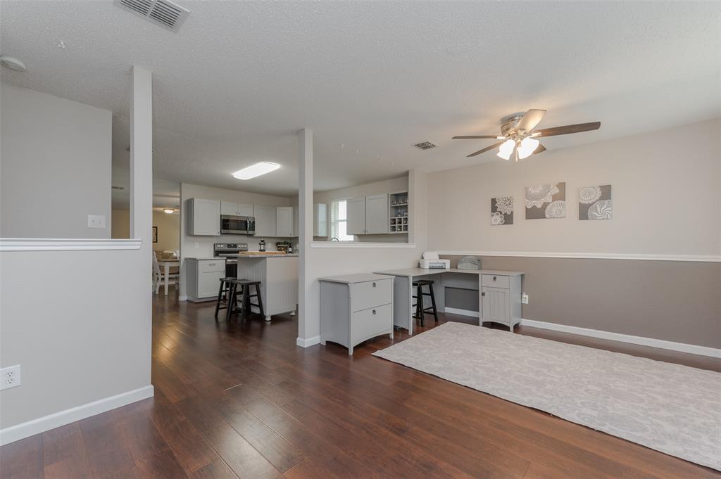 6101 Countess  Lane, Denton, Texas 76210 - acquisto real estate best designer and realtor hannah ewing kind realtor