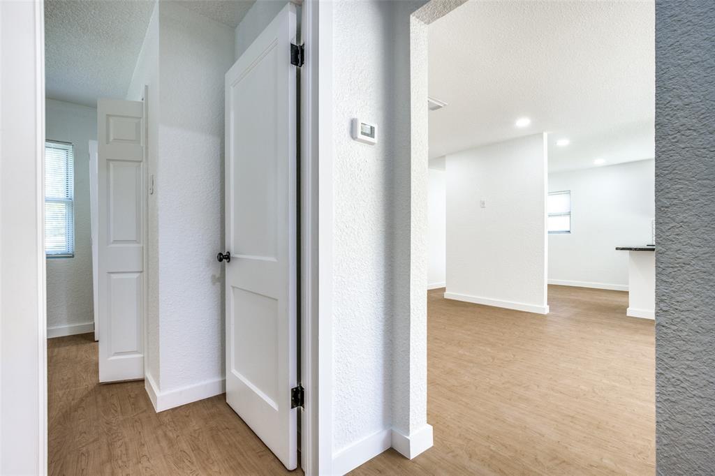 1434 Oak Cliff  Boulevard, Dallas, Texas 75208 - acquisto real estate best realtor dfw jody daley liberty high school realtor