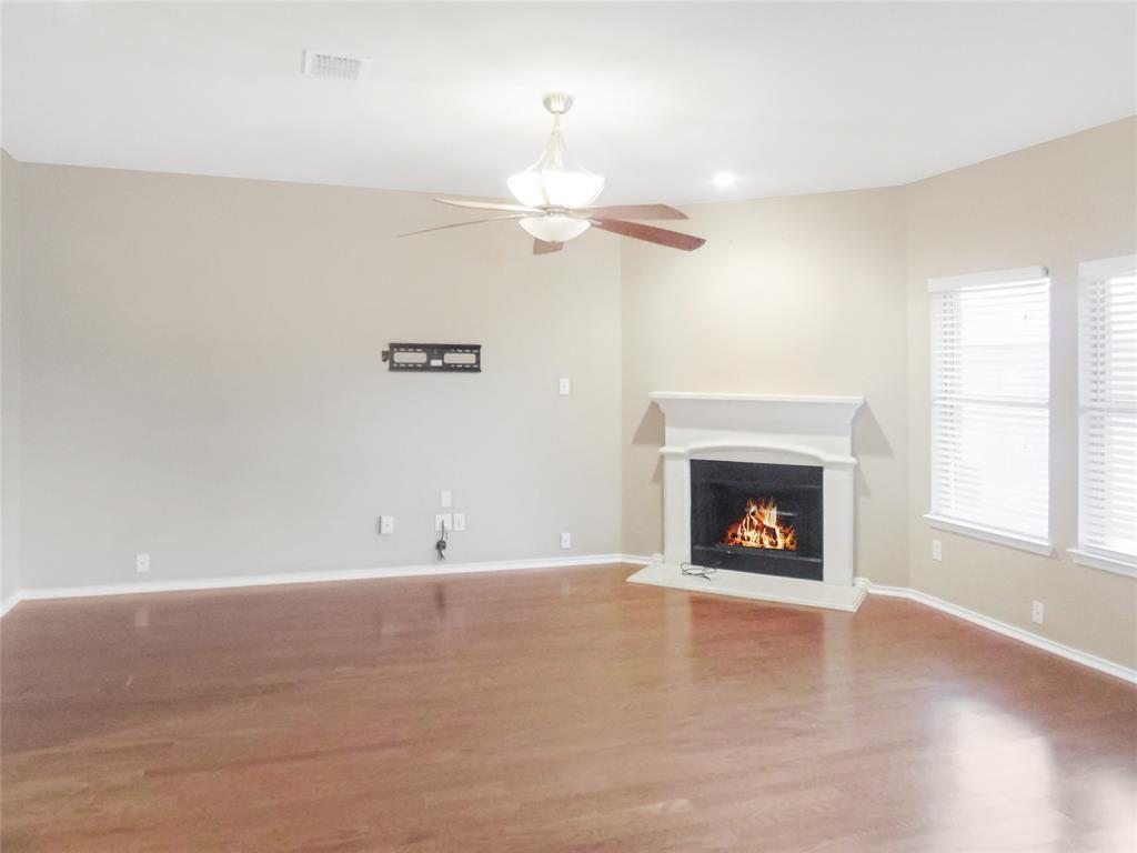 7463 Tormes  Grand Prairie, Texas 75054 - acquisto real estate best highland park realtor amy gasperini fast real estate service