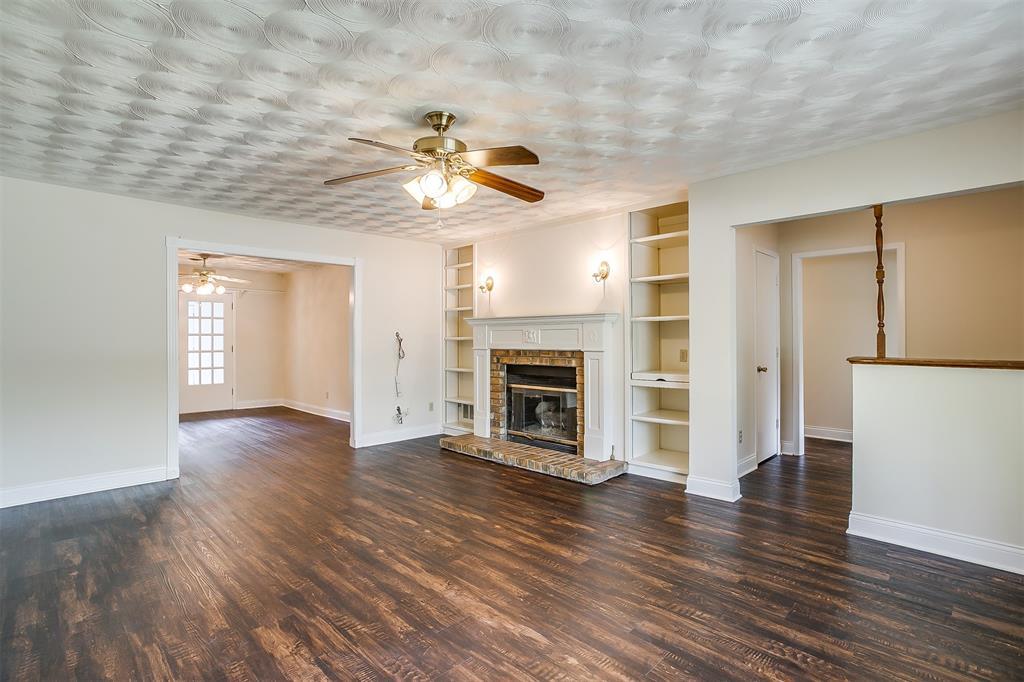 4001 Plantation  Drive, Benbrook, Texas 76116 - acquisto real estate best prosper realtor susan cancemi windfarms realtor