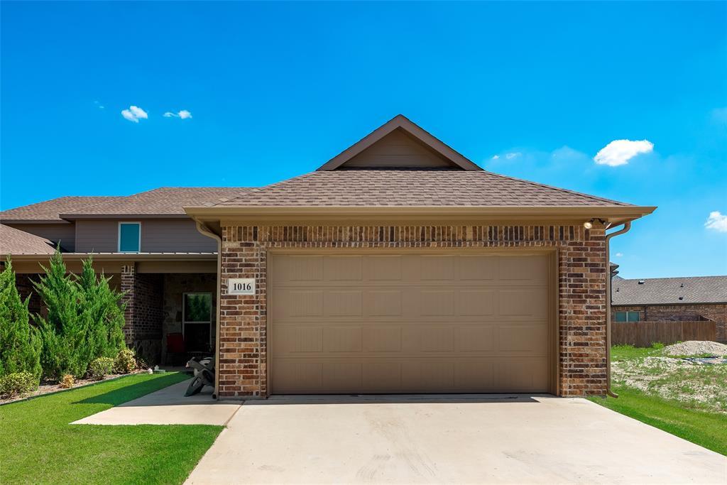 1016 Skyview  Court, Midlothian, Texas 76065 - acquisto real estate best prosper realtor susan cancemi windfarms realtor