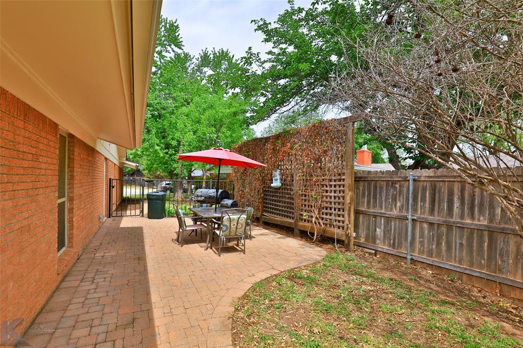 2215 Oakwood  Lane, Abilene, Texas 79605 - acquisto real estate best luxury home specialist shana acquisto