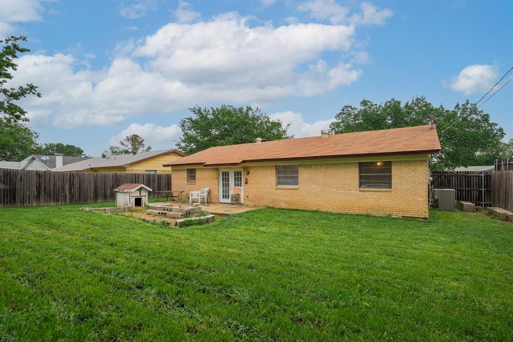 6529 Wooddale  Drive, Watauga, Texas 76148 - acquisto real estaet best boutique real estate firm in texas for high net worth sellers