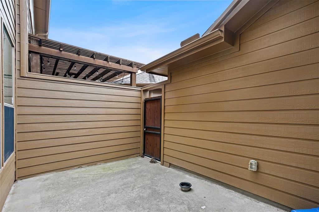 8607 Pauline  Street, Plano, Texas 75024 - acquisto real estate best negotiating realtor linda miller declutter realtor