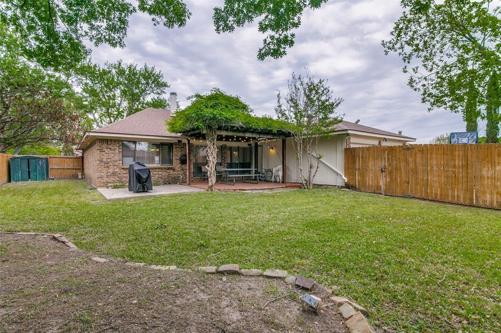3205 Meadowood  Drive, Garland, Texas 75040 - acquisto real estate best realtor westlake susan cancemi kind realtor of the year