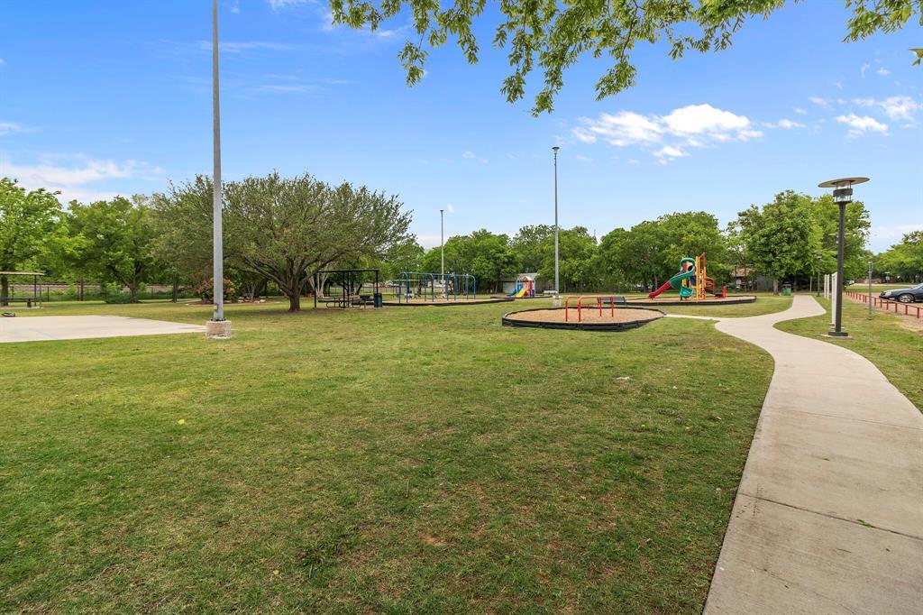 101 Saint James  Court, Rhome, Texas 76078 - acquisto real estate best relocation company in america katy mcgillen