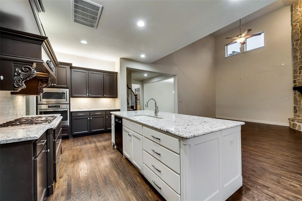 1024 Holston Hills  Trail, Roanoke, Texas 76262 - acquisto real estate best photos for luxury listings amy gasperini quick sale real estate