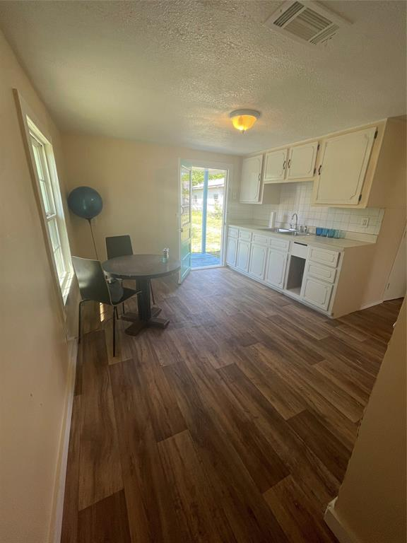 3816 Grove  Street, Fort Worth, Texas 76110 - acquisto real estate best prosper realtor susan cancemi windfarms realtor