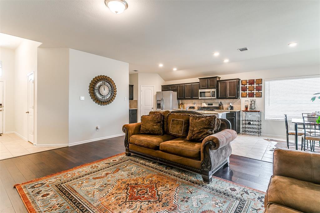 948 Cheryl  Street, Crowley, Texas 76036 - acquisto real estate best prosper realtor susan cancemi windfarms realtor