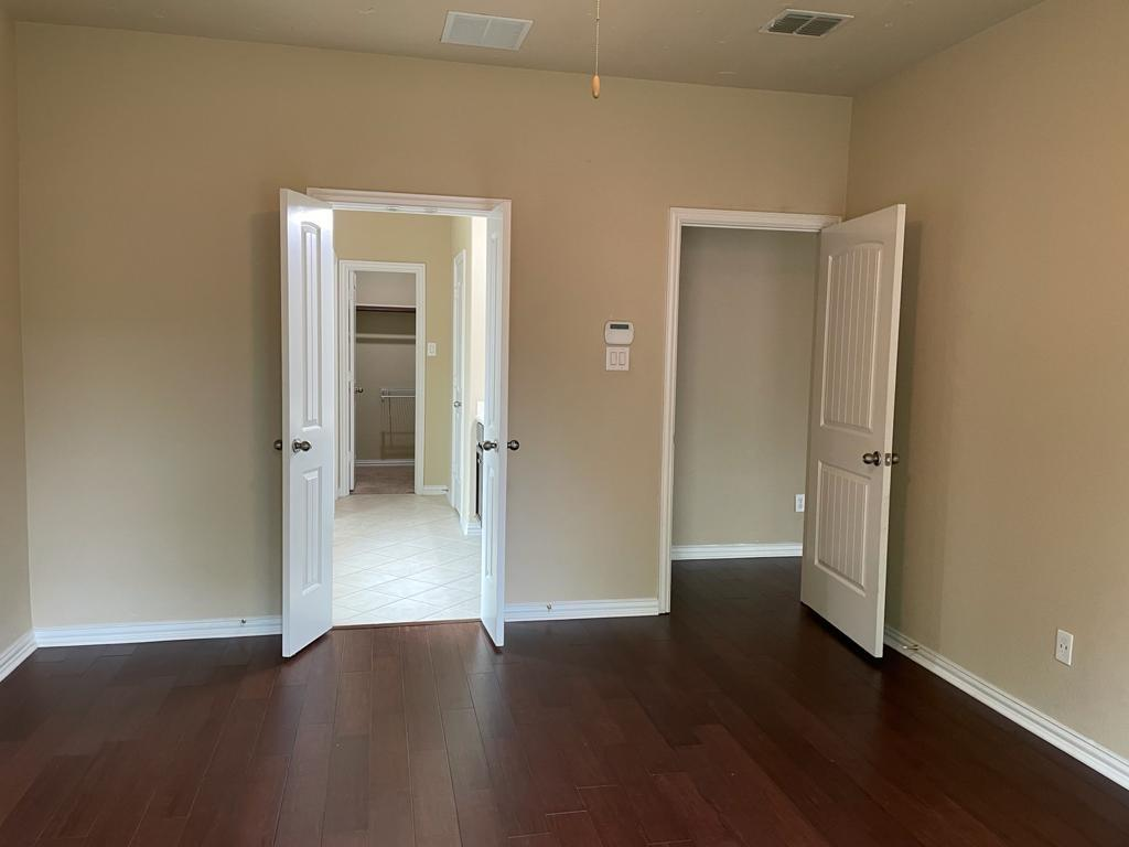 2724 Triangle Leaf  Drive, Fort Worth, Texas 76244 - acquisto real estate best investor home specialist mike shepherd relocation expert