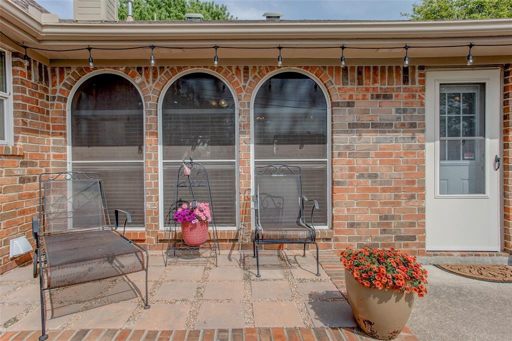 1828 Lacey Oak  Lane, Keller, Texas 76248 - acquisto real estate best plano real estate agent mike shepherd