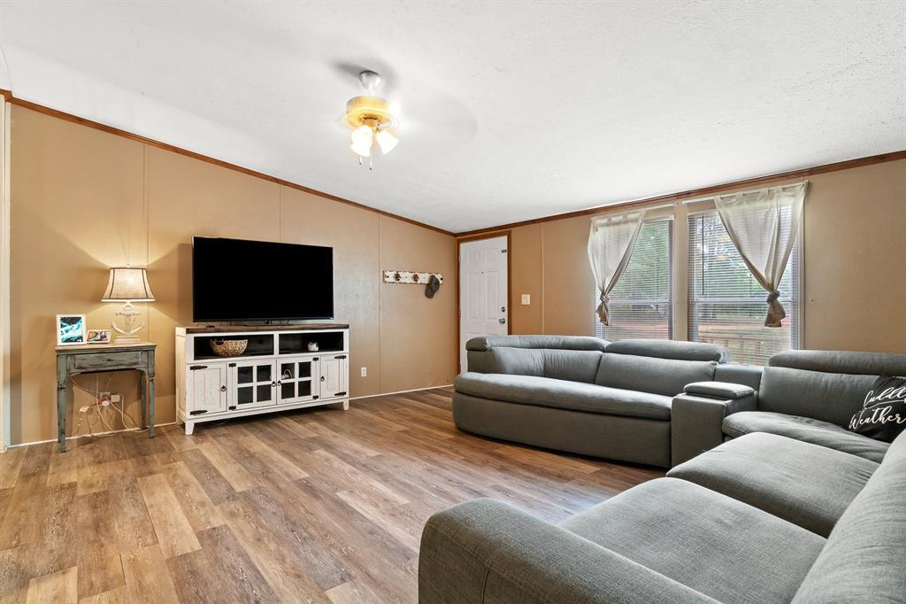 444 Vz County Road 4305  Ben Wheeler, Texas 75754 - acquisto real estate best highland park realtor amy gasperini fast real estate service