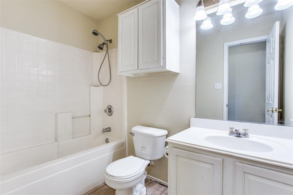 10632 Shadywood  Drive, Fort Worth, Texas 76140 - acquisto real estate best realtor westlake susan cancemi kind realtor of the year