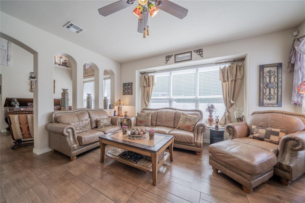 1505 Sycamore  Street, Savannah, Texas 76227 - acquisto real estate best celina realtor logan lawrence best dressed realtor