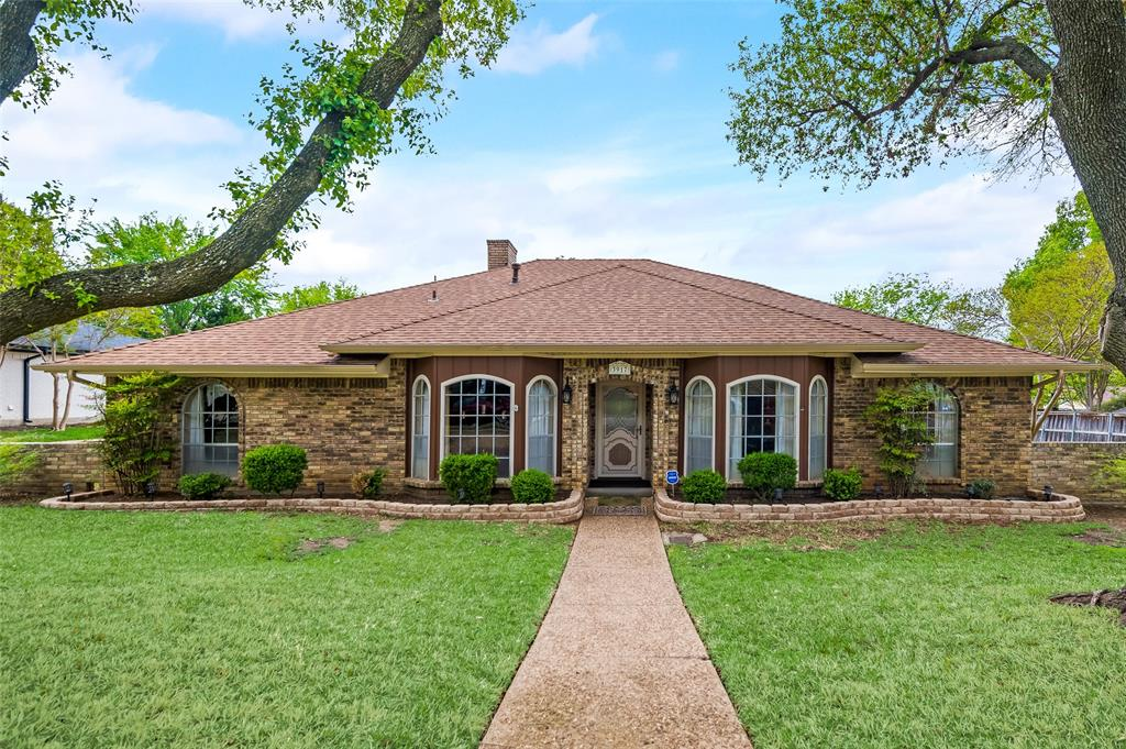 3917 Amy  Avenue, Garland, Texas 75043 - Acquisto Real Estate best plano realtor mike Shepherd home owners association expert