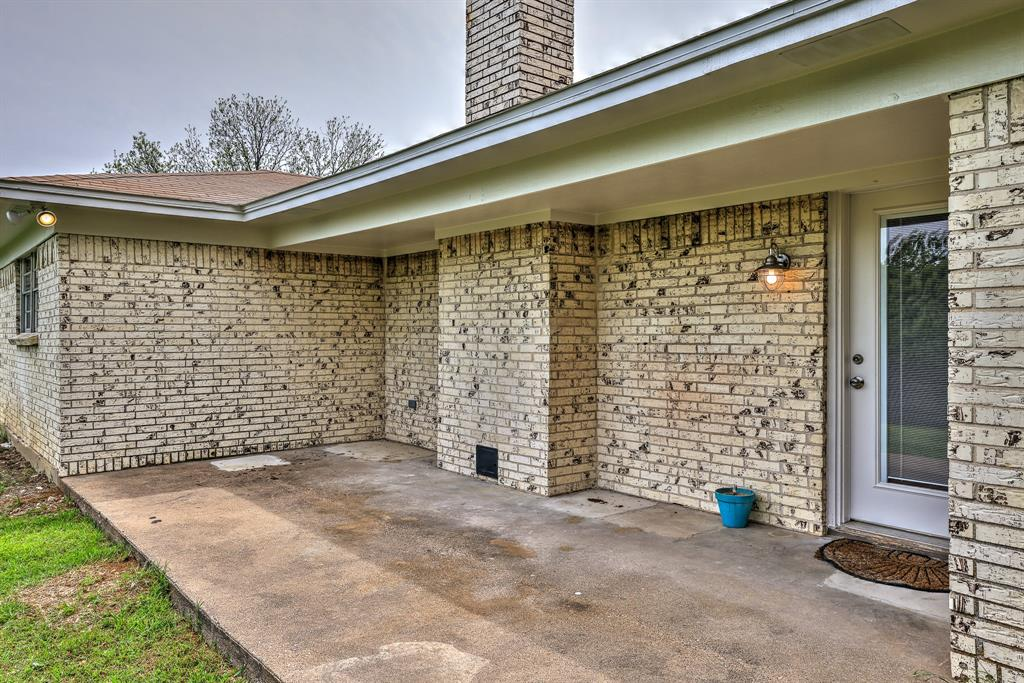 200 Lochness  Lane, Benbrook, Texas 76126 - acquisto real estate best realtor westlake susan cancemi kind realtor of the year