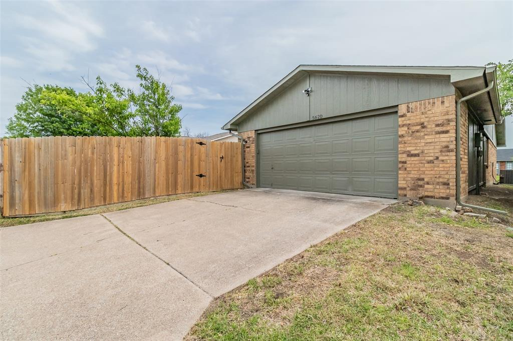 5620 Tucker  Street, The Colony, Texas 75056 - acquisto real estaet best boutique real estate firm in texas for high net worth sellers