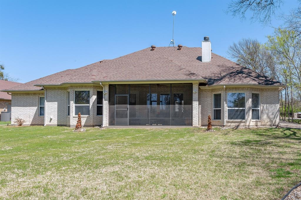 1809 Rockview  Drive, Granbury, Texas 76049 - acquisto real estate best plano real estate agent mike shepherd