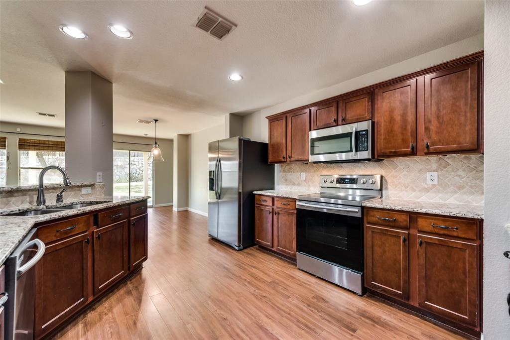 6908 Clark Vista  Drive, Dallas, Texas 75236 - acquisto real estate best new home sales realtor linda miller executor real estate