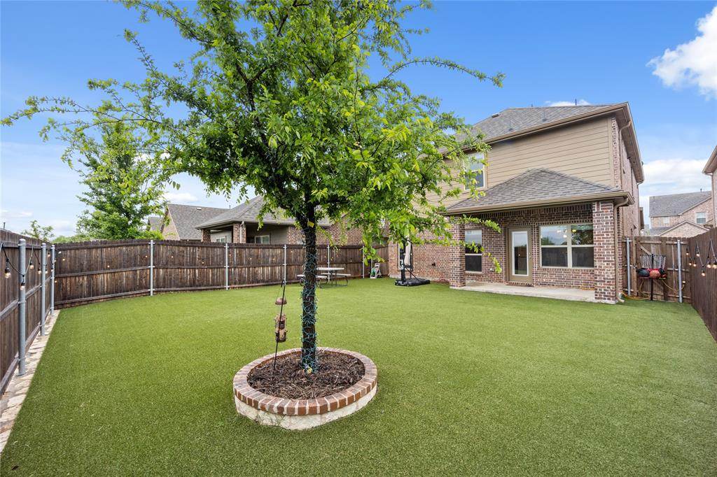 9920 Timberwolf  McKinney, Texas 75071 - acquisto real estate best park cities realtor kim miller best staging agent