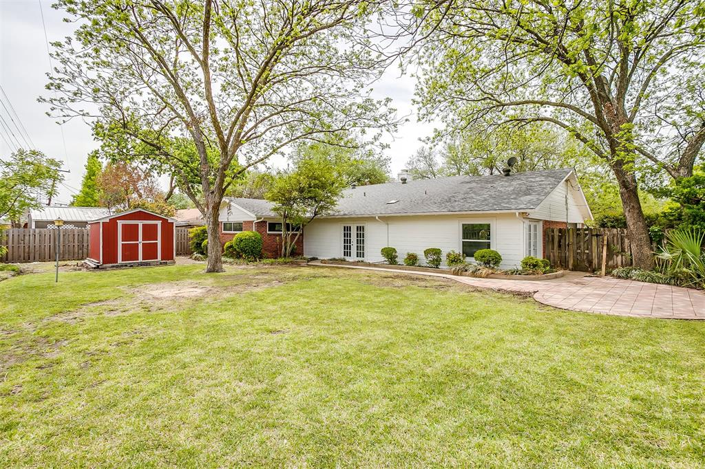 4001 Plantation  Drive, Benbrook, Texas 76116 - acquisto real estate best realtor westlake susan cancemi kind realtor of the year