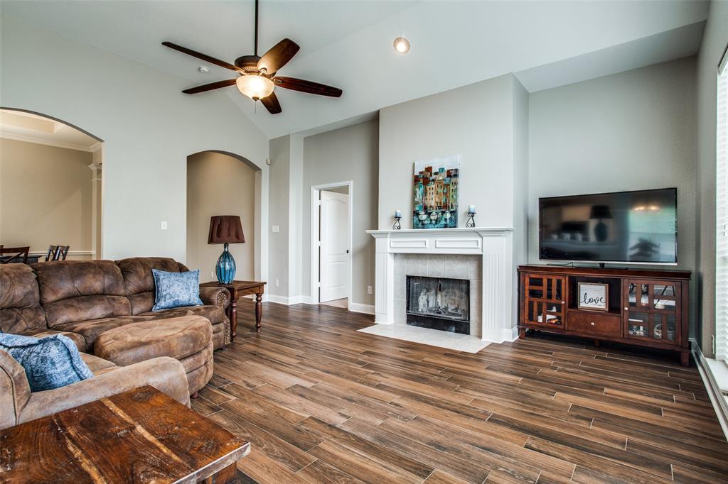 5004 Forest Lawn  Drive, McKinney, Texas 75071 - acquisto real estate best celina realtor logan lawrence best dressed realtor
