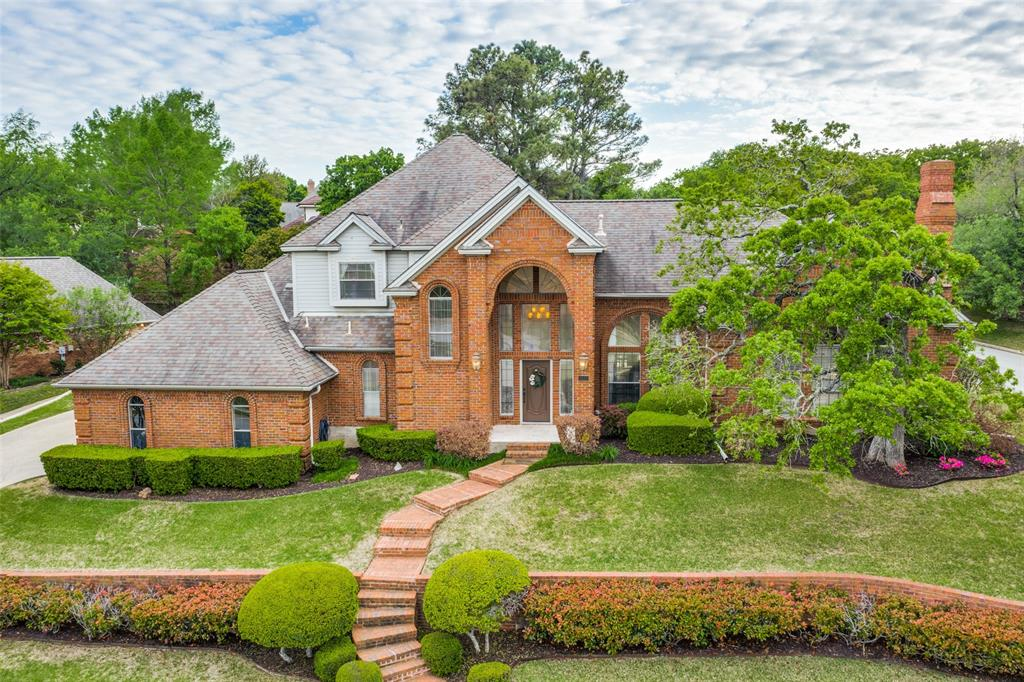 1411 Plantation  Drive, Colleyville, Texas 76034 - Acquisto Real Estate best plano realtor mike Shepherd home owners association expert