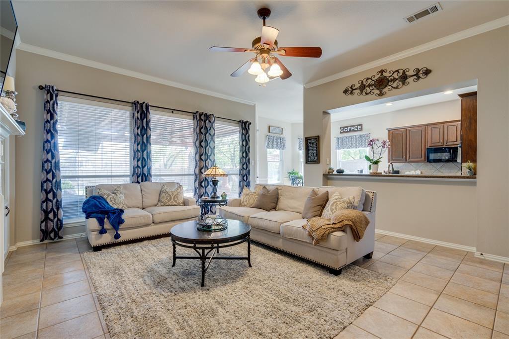 2000 Ledgestone  Drive, Corinth, Texas 76210 - acquisto real estate best style realtor kim miller best real estate reviews dfw