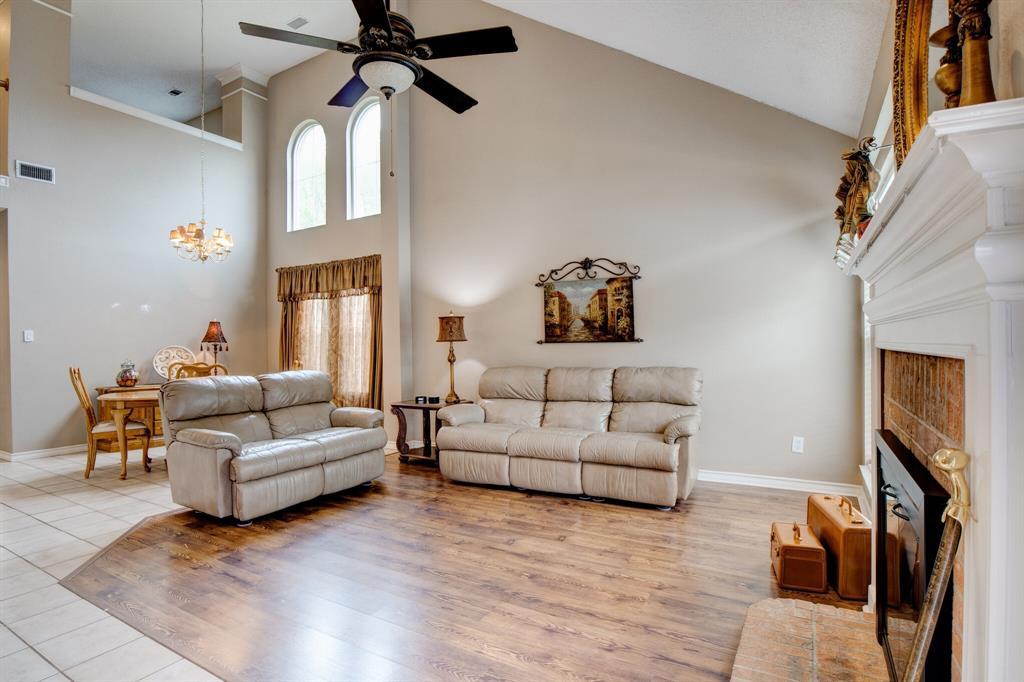 1809 Greenhaven  Lane, Grapevine, Texas 76051 - acquisto real estate best the colony realtor linda miller the bridges real estate