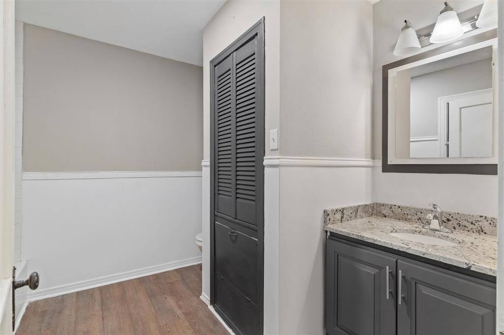 208 Elm  Street, Kemp, Texas 75143 - acquisto real estate best designer and realtor hannah ewing kind realtor
