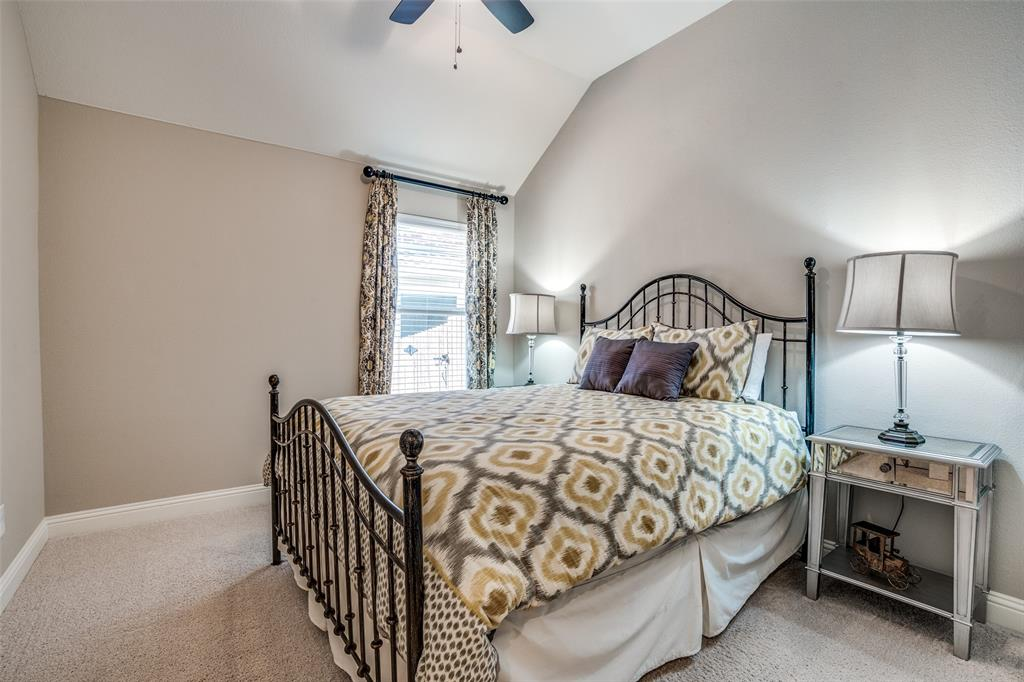 5404 Grove Cove  Drive, McKinney, Texas 75071 - acquisto real estate best photos for luxury listings amy gasperini quick sale real estate