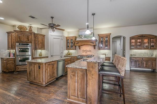 807 Worthing  Court, Southlake, Texas 76092 - acquisto real estate best photos for luxury listings amy gasperini quick sale real estate