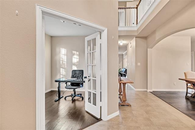 501 Eastland  Drive, Lewisville, Texas 75056 - acquisto real estate best realtor dfw jody daley liberty high school realtor