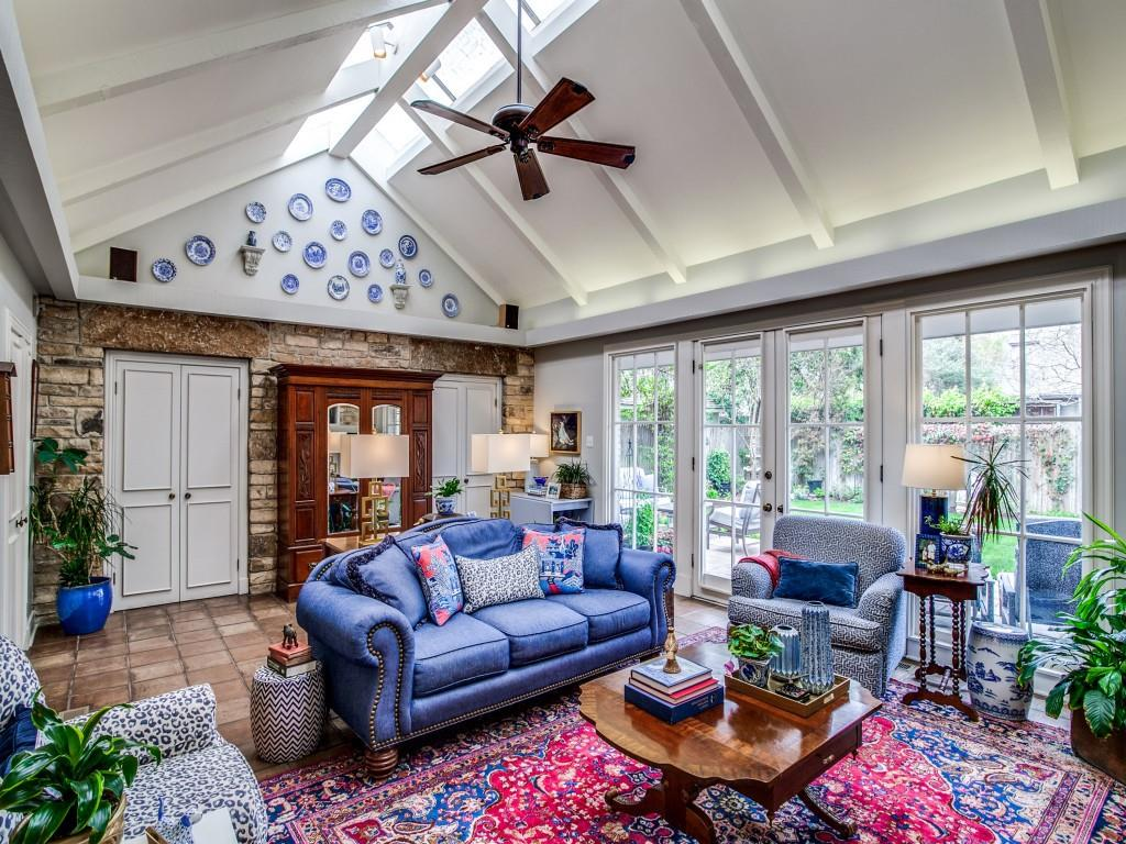 4432 Edmondson  Avenue, Highland Park, Texas 75205 - acquisto real estate best realtor dallas texas linda miller agent for cultural buyers