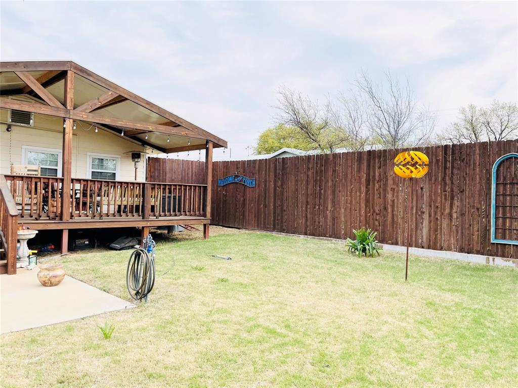 1303 Williams  Street, Breckenridge, Texas 76424 - acquisto real estaet best boutique real estate firm in texas for high net worth sellers