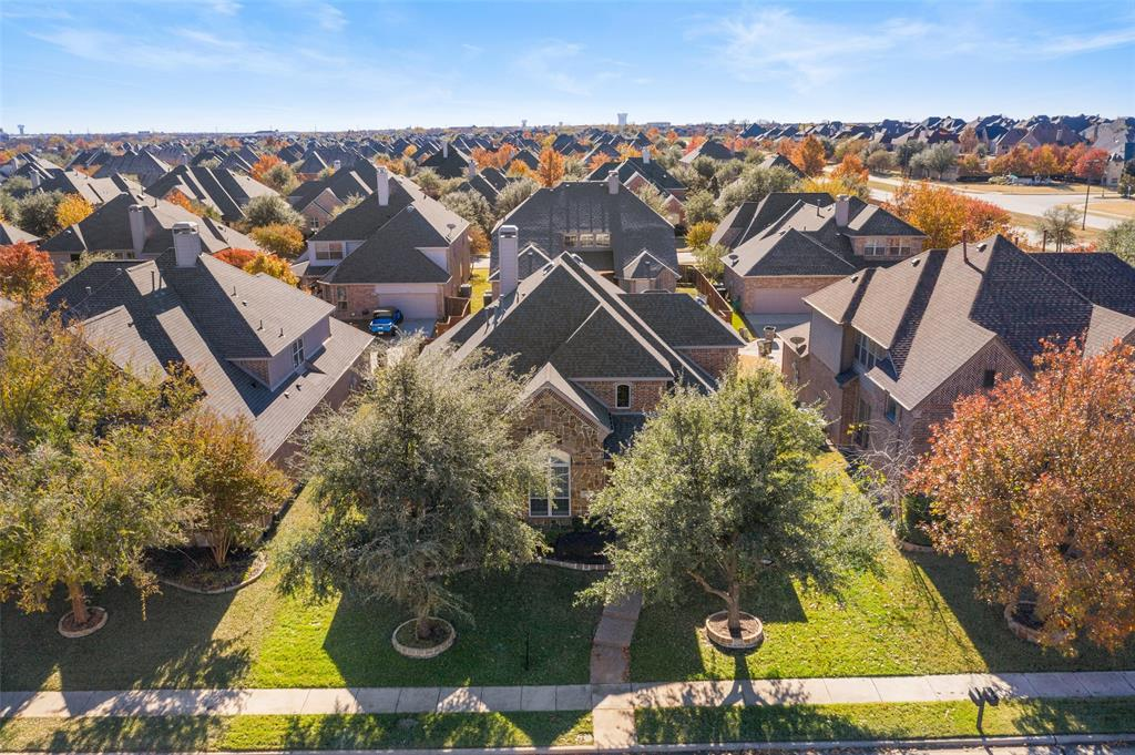 935 Pine Burst  Drive, Allen, Texas 75013 - acquisto real estate best looking realtor in america shana acquisto