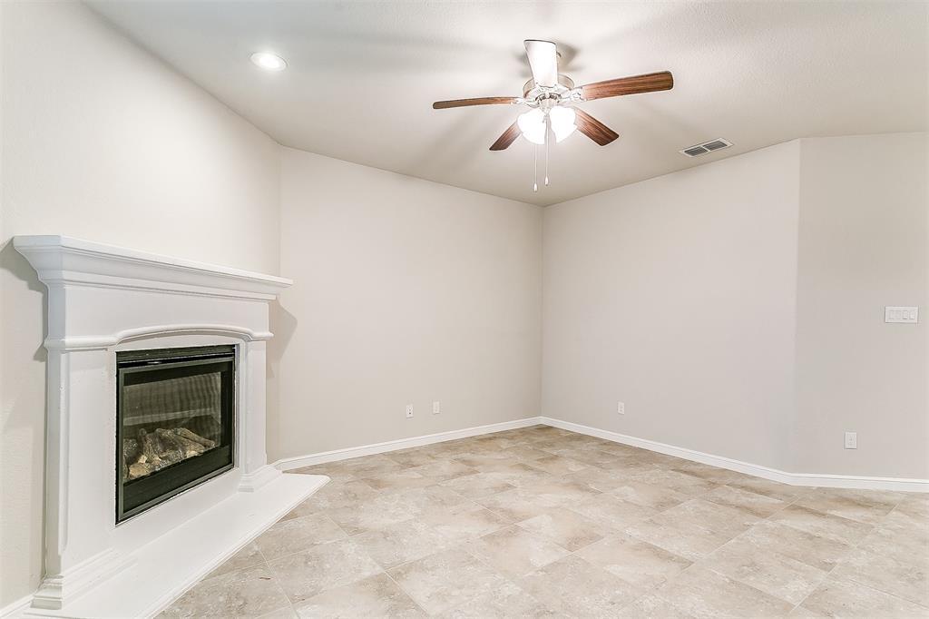568 Pendennis  Drive, Saginaw, Texas 76131 - acquisto real estate best designer and realtor hannah ewing kind realtor
