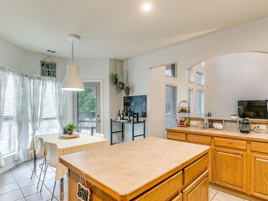 4420 Spring Garden  Drive, Arlington, Texas 76016 - acquisto real estate best style realtor kim miller best real estate reviews dfw