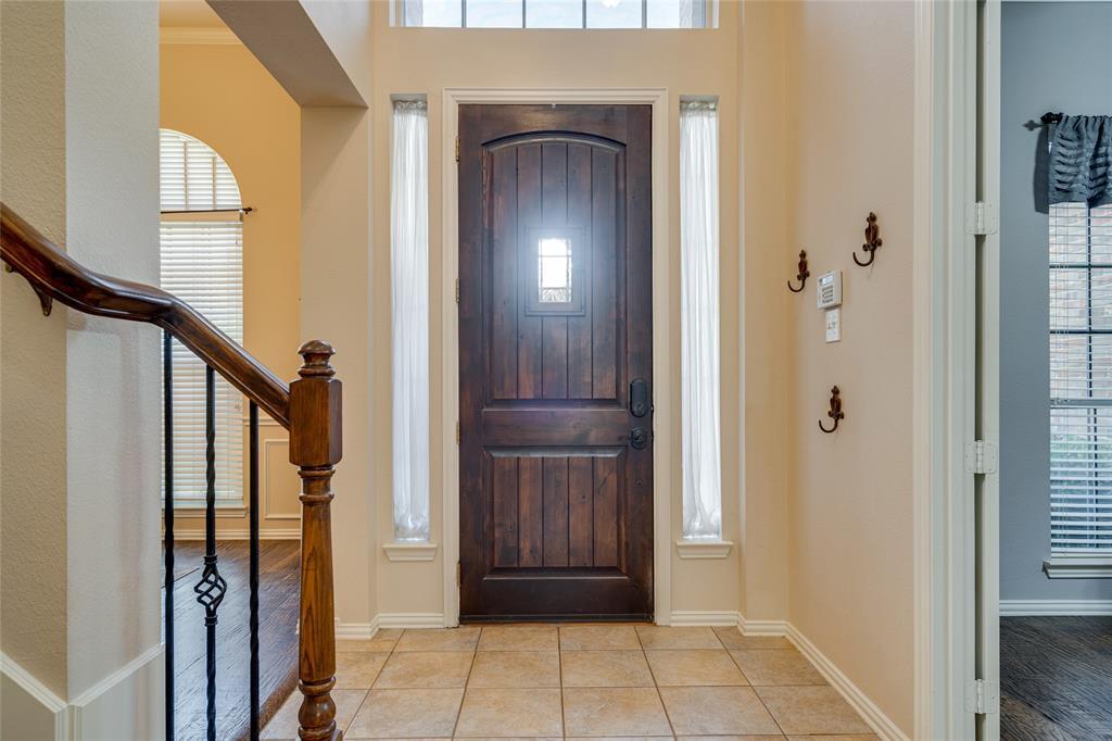 2000 Ledgestone  Drive, Corinth, Texas 76210 - acquisto real estate best highland park realtor amy gasperini fast real estate service