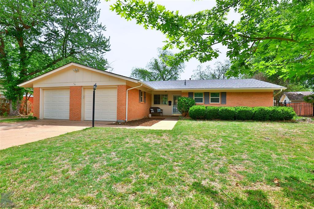 2215 Oakwood  Lane, Abilene, Texas 79605 - Acquisto Real Estate best mckinney realtor hannah ewing stonebridge ranch expert