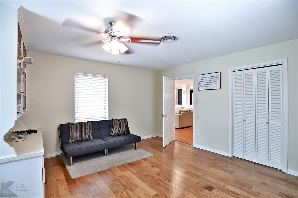 2215 Oakwood  Lane, Abilene, Texas 79605 - acquisto real estate best style realtor kim miller best real estate reviews dfw