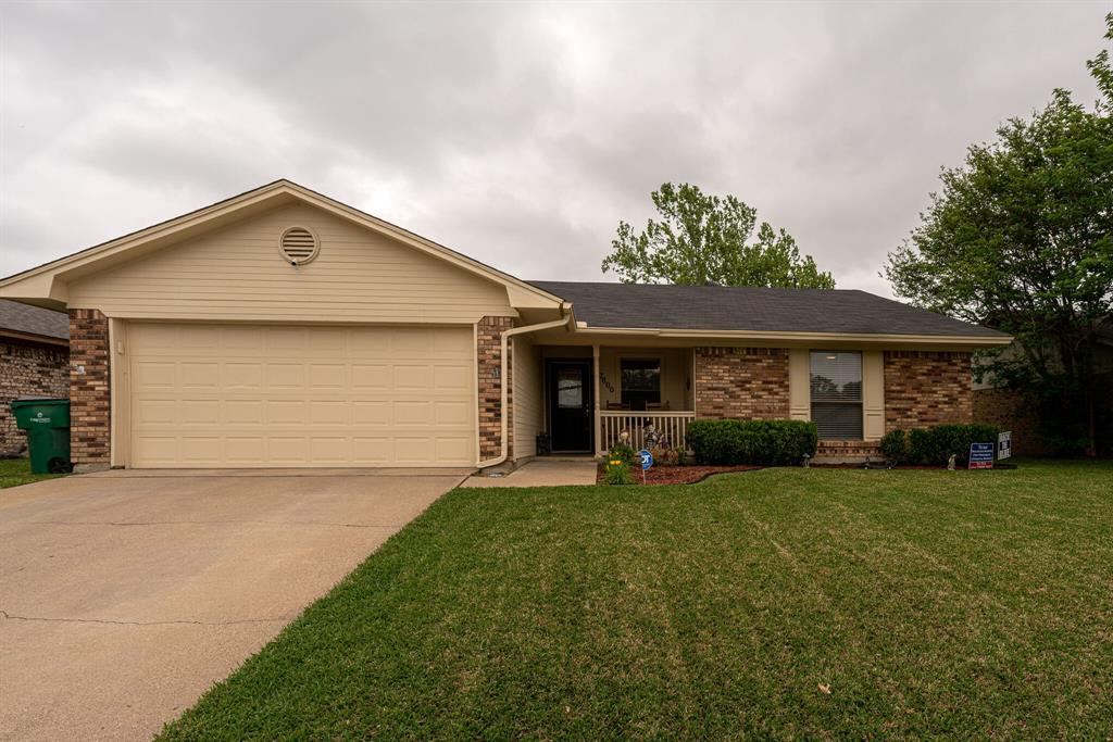 7800 Pebblebrook  Drive, Watauga, Texas 76148 - Acquisto Real Estate best plano realtor mike Shepherd home owners association expert