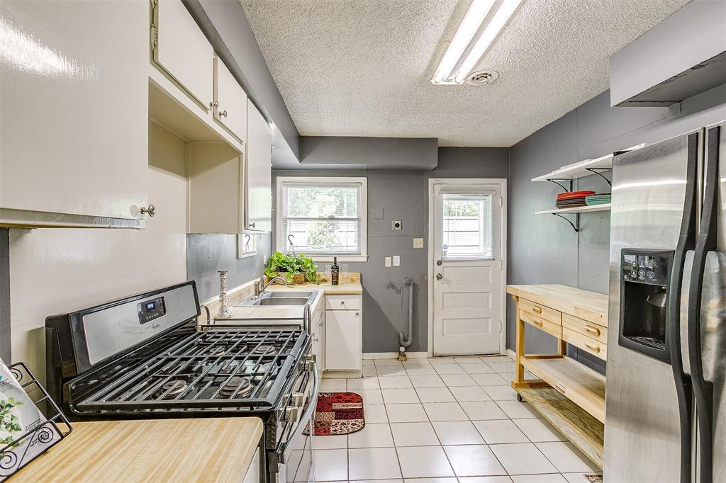 5884 Tracyne  Drive, Westworth Village, Texas 76114 - acquisto real estate best investor home specialist mike shepherd relocation expert